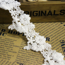 5Yards / Lot Width 5cm White Color Lace Trim Water Soluble Embroidery Cotton Lace DIY Lace Fabric Clothing Accessories RS1014(China)