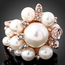 Feminine Women's Imitation Pearls and Flowers Rose Gold Color Setted with Rhinestones Statement Ring Party Ball Hand Jewelry(China)