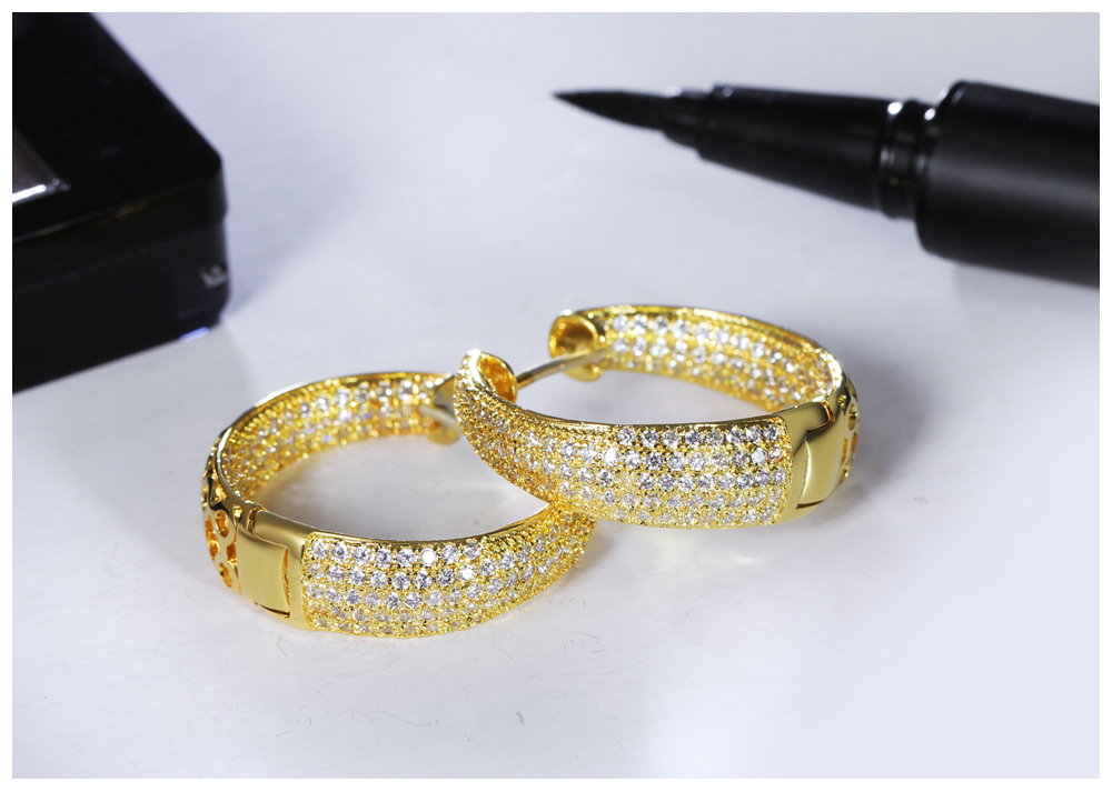 gold hoop earrings 05