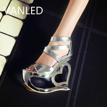 Fashion personality hollow high heels Rome 2017 fish mouth shoes sandals shoes heart shaped nightclub pumps