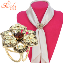 SIIROLA Luxury Retro Women Jewelry Brooch Accessories Gold plated Three circles Crystal flower Shawl Scarves Scarf buckle clips
