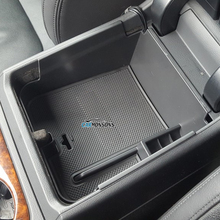 For VW Volkswagen Touareg 2011-2017 Central Armrest Storage Box Container Holder Tray Car Organizer Accessories Car Styling