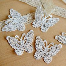 Lace clothing accessories exports fine white bow soluble lace embroidery 6.5cm*5cm(China)
