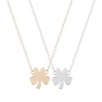 QIMING Tiny Lucky Four Leaf Clover Necklace Gold Pendant Statement Necklace for Elegant Women Everyday Accessories