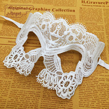 White classical Mask Lace Party Sexy Mask Masquerade Mask Dress Venetian Carnival free shipping(China)