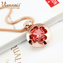 famous brand Natural semi-precious stones red crystal pendant genuine high-grade Austria short chain lucky clover gold necklace