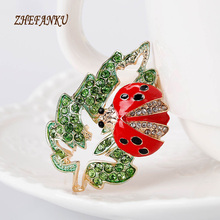 New Arrival Women Lovely Insect Scarf Jewelry Green Leaf Ladybug Brooch Pins Insect Brooches Female Ladybug Clips Pins(China)
