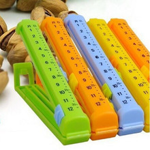 2pack/lot Bag Clip with date remark record Sealing up for food and fruit Innovative items (2014084)(China)