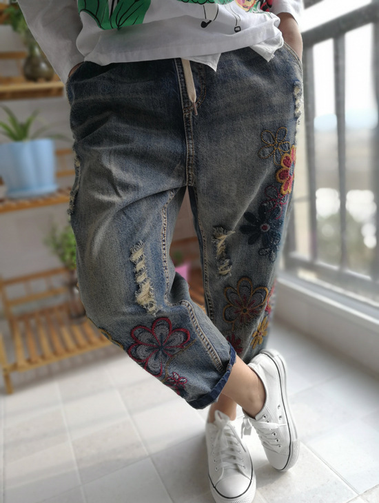 Women Spring Calf length Embroidered Floral Denim Jeans Ladies Elastic Waist Holes Vintage Washed Flowers Denim Trousers PantsОдежда и ак�е��уары<br><br><br>Aliexpress
