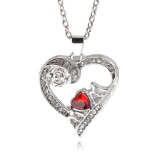 Lovely Mom Red Crystal Necklace Love Heart Rose Flower Silver Plated Pendant Necklace Mother Gift Imitation Ruby Jewelry 2016
