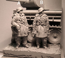 Free Shipping 1/35 Scale Unpainted Resin Figure WW2 Easten German soldiers 2 figures (tank is not included) collection figure