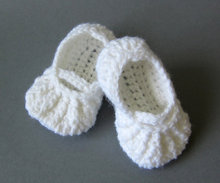 Crochet baby shoes,crochet baby booties,Baby ballerina slippers,girl christening shoes,white baby Toddler shoes(China)