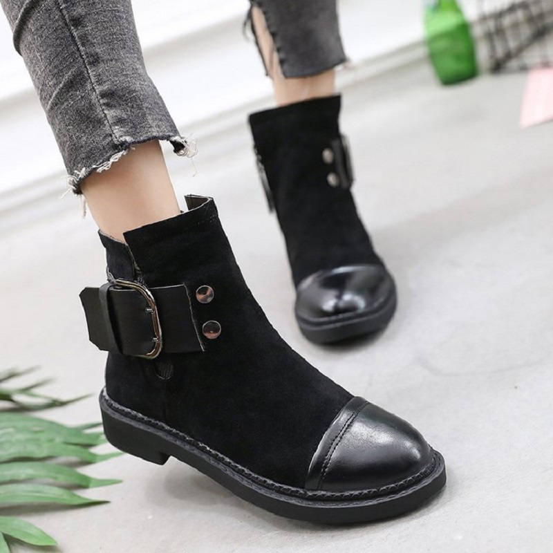 2017 autumn and winter new womens boots matte leather with a belt buckle boots British wind Martin boots women<br>