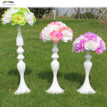 White Metal Candle Holders 50cm/20'' Stand Flowers Vase Candlestick As Road Lead Candelabra Centre Pieces Wedding Decoration 03(China)