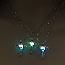 Judicator angel Glow in the Dark necklace LOL Kayle Heart Key Chain Jewelry Angel Pendants Mens Punk Angel Necklace(China)
