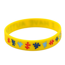 Lychee 1 piece New Arrival Silicone Autism Print Alert Yellow Wristband Men Women Unisex Warning Rubber Bracelet
