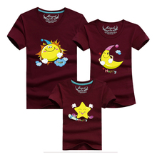 Ming Di Family Look 2017 Family Matching Outfits Summer T Shirt Short Sleeve Cotton Father Mother Baby Moon and Stars Picture