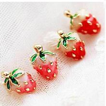 Japanese Girl Fashion Magazines Recommend Small Strawberry Caiyou Stud Earrings Women Jewelry 2017