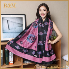 [RUNMEIFA] 2017 Fashion Women's Silk Pashmina Shawl Scarf Wrap flower Printed Scarf Free Shipping Wholesale Retail(China)
