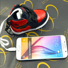 Exquisite packaging Luxury Shoe Power Bank 8000mAh High Quality portable battery charger For phone6 5 6 7 8 s PLUS Android phone