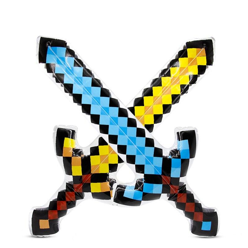 """Täispuhutav """"Minecrafti"""" mõõk"""
