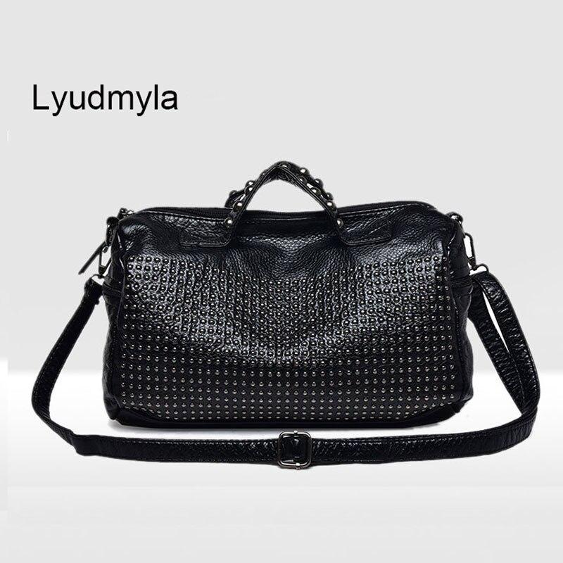 Womens Boston Bag Ladies Hand Bag 2017 Fashion Women Studded Shoulder Bags Soft Leather Handbags Rivet Black Handbag Female<br>