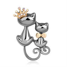 Shiny Rhinestone Cute Double Cats Kitten Crown Brooch Hijab Scarf Broches Coat Sweater Clips Wedding Pins Mujer Femmes spille(China)