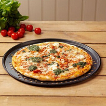 32cm Non-Stick Pizza Pan Round Pizza Tray with Holes Carbon Steel Pizza Stones for Baking Pizza Tools Kitchen Accessories ZM(China)
