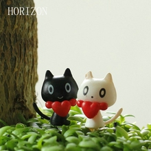 2 PCS /Set Mini White Black Cat Set Fairy Garden Miniatures Animals Micro Landscape Ornaments Home Garden Decoration