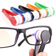 3pcs Nice Glasses Brush Multifunction Portable Glasses Brush Fleece 4 Color Cheap Plastic Cleaning Brushs #15(China)