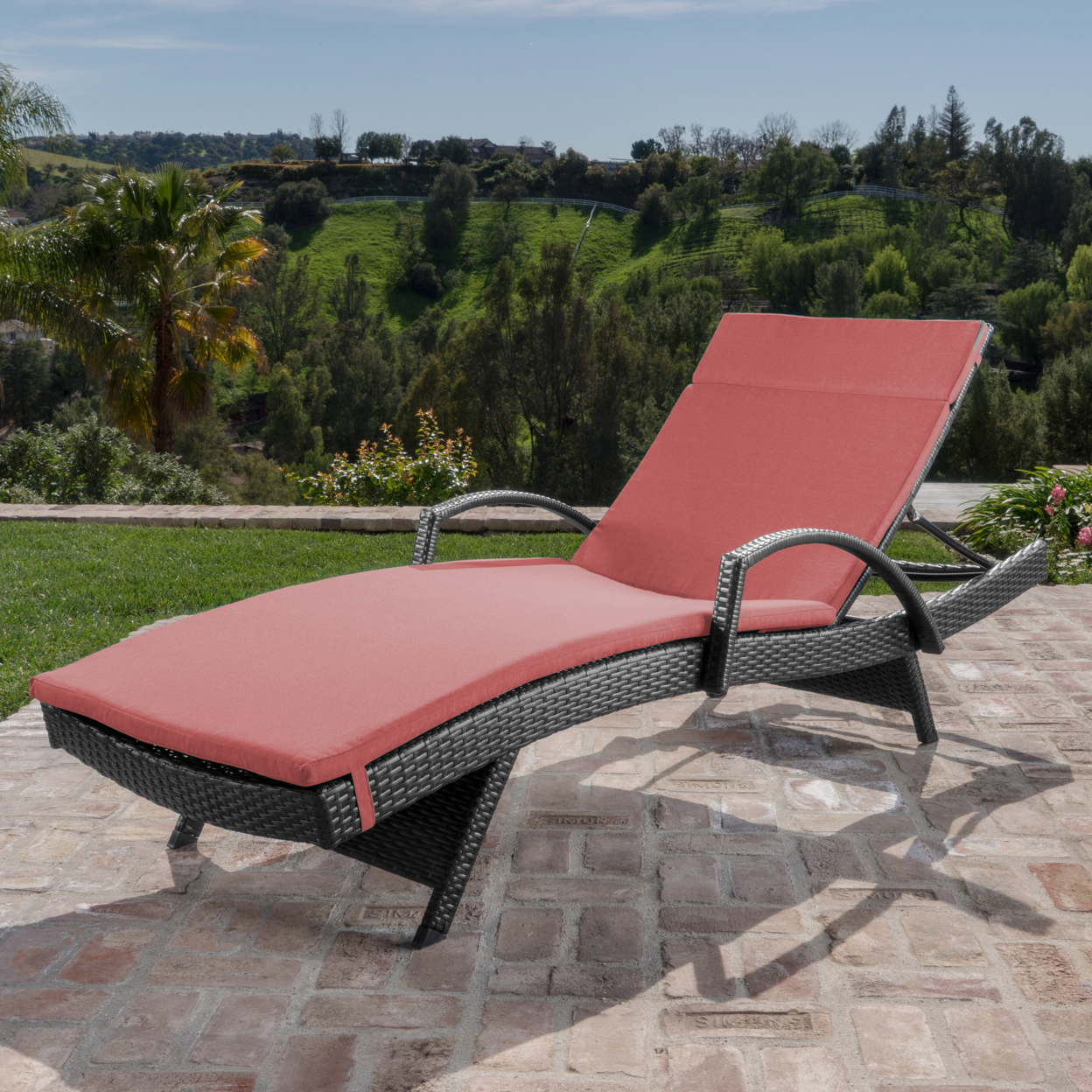 Solaris Outdoor Gray Wicker Armed Chaise Lounge with Wicker Accent Table (1)