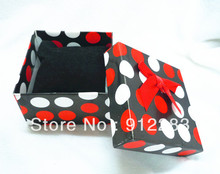 Free Shipping 12pcs/lot 8.5*8.5*5cm Red & White Dots With Pillow Bracelet Bangle Watch Paper Gift Boxes,Jewelry Boxes(China)