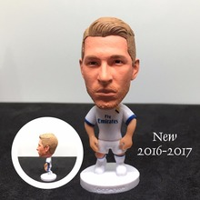 Soccer figurine football stars RAMOS 2016-2017 Movable joints resin model toy action figure dolls collectible boyfriend gift