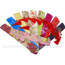 Pretty Silk brocade Tassel Decorative Chopstick Gift Bag Storage Pouch High Quality  Chinese knot Chopsticks Cover  20pcs/lot