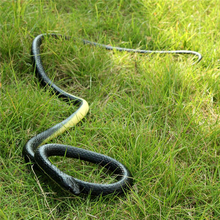 MINIFRTU 1 PC Realistic Soft Rubber Toy Snake Safari Garden Props Joke Prank Gift About 130cm Novelty and Gag Playing Jokes Toys(China)