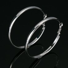 2016 TOP popular circle Simple Stylish Round Hoop Earrings  Loop Celebrity Brand Office Party Gifts Jewelry Christmas Gift E262