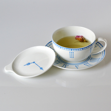 Guzhici cappuccino coffee cup and saucer with lid set fashion cup lovers cup valentine day gift