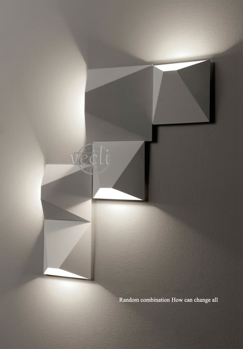 wall sconce (2)