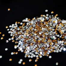 1000pcs 2mm Gold Beads Rhinestone Bright Surface Small Beads Flat Bottom Acrylic Design for DIY Nails or Decorations ss6 N23