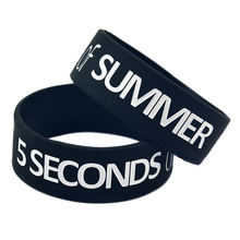 Promo Gift 1PC 1'' Wide Band 5 Seconds Of Summer Wristband Silicone Bracelet with 5SOS Logo(China)