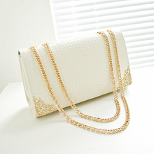 Free shipping, 2017 new summer trend women bag, han edition crocodile lines handbags, gold chain retro women messenger bags.(China)