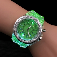 Night Light Quartz Watch 2017 Fashion Geneva Silicone Sports Glowing Women's Watches For Students Children Kids Gift Hodinky(China)