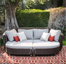 2017 Factory direct sale outdoor living furniture curved back all weather sofa