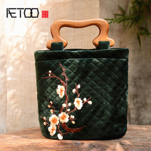 AETOO Original Chinese Wind Retro Artistic Embroidery Plum Velvet Mukou Nuggets Crossing National Wind Change
