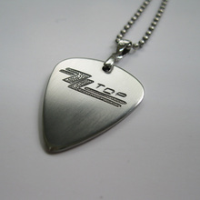 Free shipping blues rock band ZZ top logo personality handmade stainless steel guitar accessory pick necklace for rock fans(China)