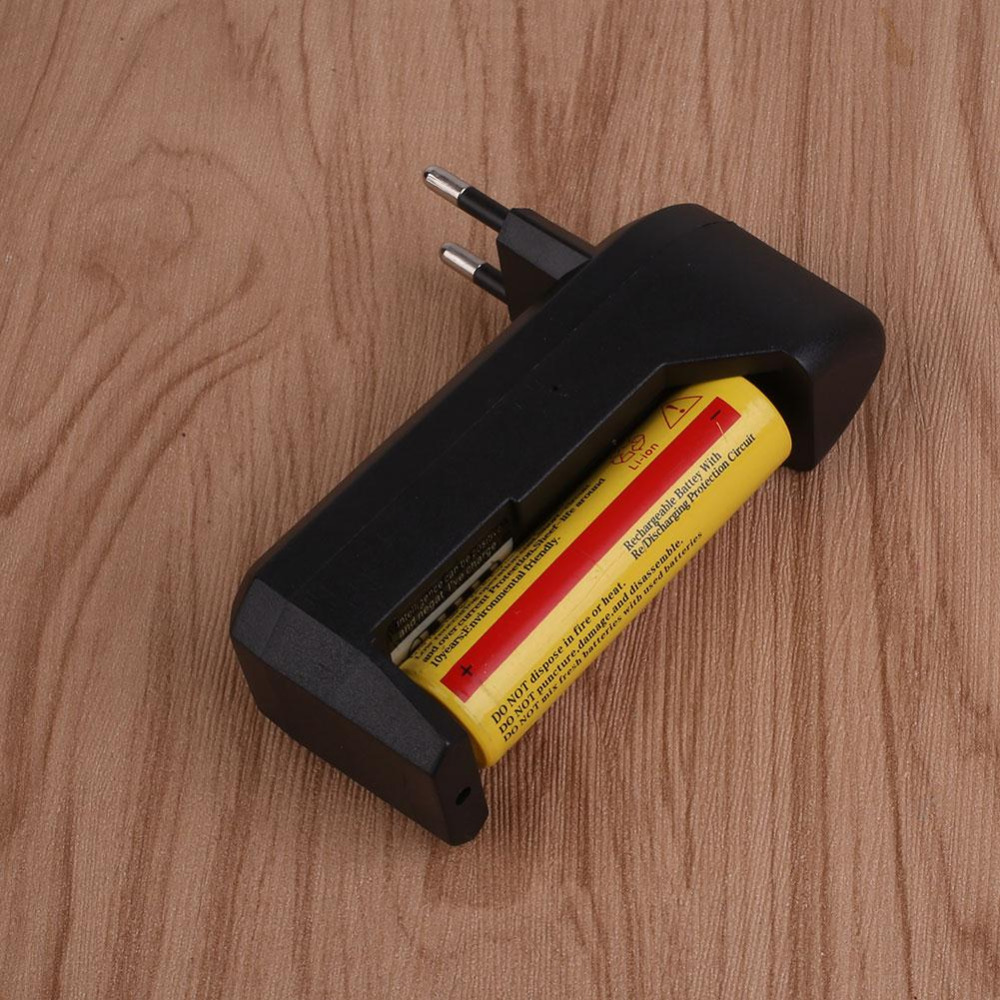 High quality Electronic Cigarette Charge Flashlight Charger Slot High Power Battery