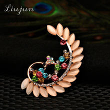 2017 fashion Crystal Opal peacock Brooches for Women Girl pink Jewelry Scarf Lapel Pins Brooch Antique gold Color Accessories