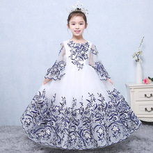 Preorder Girls High Quality Ball Gown Embroidery Handmade Flower Girls Wedding Costume Girls Boutique Flare Sleeve Maxi Dress