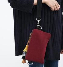 The sale of European and American style pure Reds hall colorful tassel hand bag autumn female singles burgundy clutches(China)