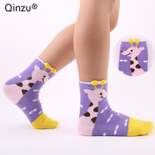 Qinzu 4 colors 1 pair Summer Girls Soft Candy Color cute Giraffe cartoon Five Finger Toe Socks Cotton floor Casual ankle Socks(China)